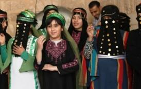مركز عبد المحسن قطان يحتفل بيوم التراث العالمي بلوحه فنيه جميله لأطفاله