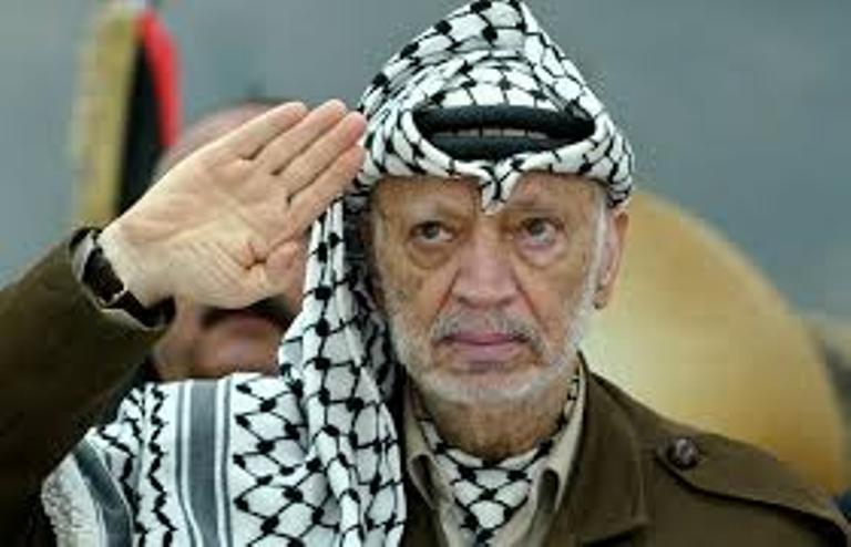 16 عام على بدء الحصار الصهيوني لمقر الرئيس الشهيد ياسر عرفات رحمه الله