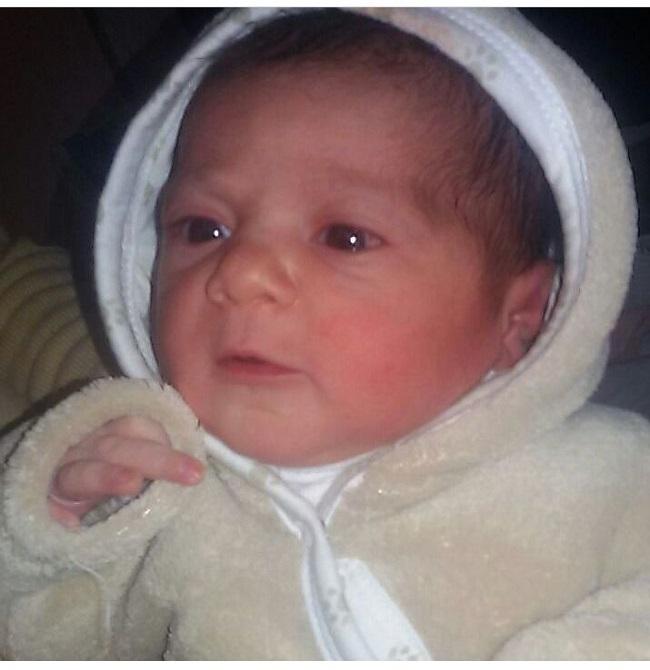 مبروك مولد الطفلة العزيزة الغالية منى رمزي جهاد العمارين الف مبروك